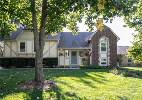 Photo of 2000 NW 2nd Street, Blue Springs, MO 64014 (MLS # 2245714)