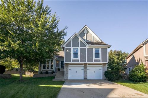 Photo of 21805 W 52 Terrace, Shawnee, KS 66226 (MLS # 2243726)