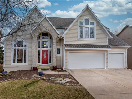 Photo of 7805 W 143rd Place, Overland Park, KS 66223 (MLS # 2204732)