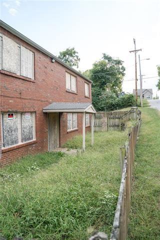Tiny photo for 855 Sandusky Avenue, Kansas City, KS 66101 (MLS # 2349735)