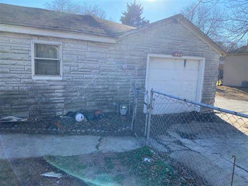 Photo of 10415 W 60th Street, Shawnee, KS 66203 (MLS # 2325746)