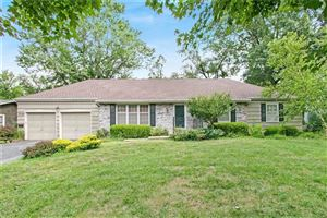 Photo of 3712 W 96th Street, Overland Park, KS 66206 (MLS # 2178762)