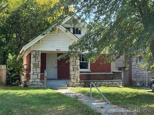 Photo of 5619 HIGHLAND Avenue, Kansas City, MO 64130 (MLS # 2245763)