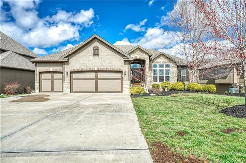 Photo of 14530 NW 61st Street, Parkville, MO 64152 (MLS # 2212803)