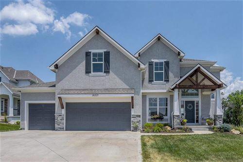 Photo of 16571 S Schweiger Drive, Olathe, KS 66062 (MLS # 2230804)
