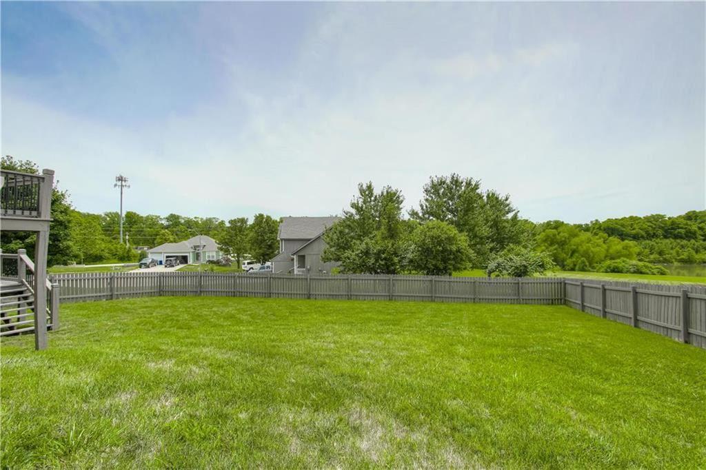 Photo of 519 Holt Drive, Liberty, MO 64068 (MLS # 2228818)