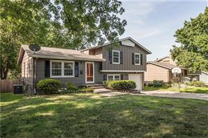 Photo of 8713 W 90th Street, Overland Park, KS 66212 (MLS # 2178835)