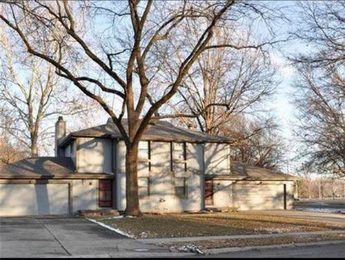 Photo of 7101 Bond Street, Shawnee, KS 66203 (MLS # 2258838)
