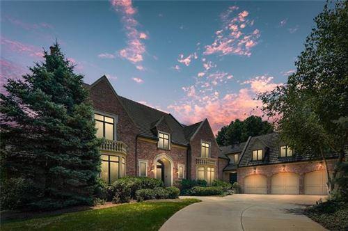 Photo of 2845 W 111 Terrace, Leawood, KS 66211 (MLS # 2336855)