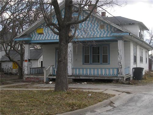 Photo of 210 W 4th Street, Ottawa, KS 66067 (MLS # 2202860)