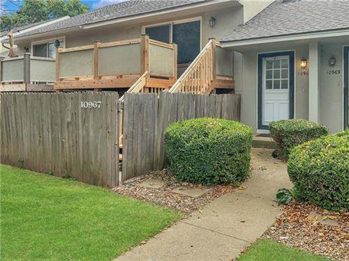 Photo of 10967 Gillette Street, Overland Park, KS 66210 (MLS # 2351890)