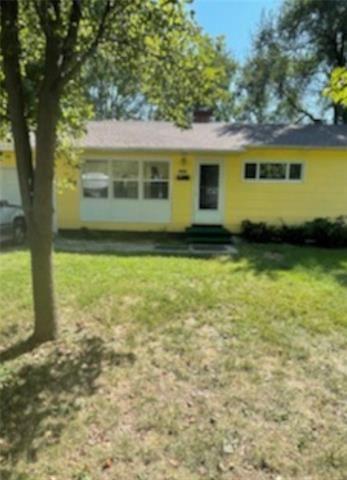 Tiny photo for 10929 Bristol Terrace, Kansas City, MO 64134 (MLS # 2349897)