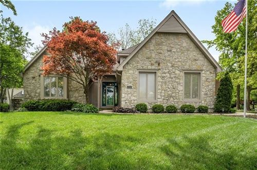 Photo of 12001 Nieman Road, Overland Park, KS 66213 (MLS # 2320898)