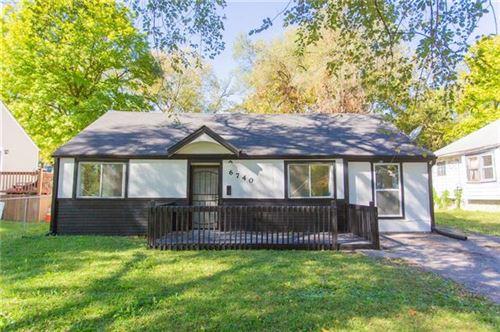 Photo of 6740 Agnes Avenue, Kansas City, MO 64132 (MLS # 2349898)