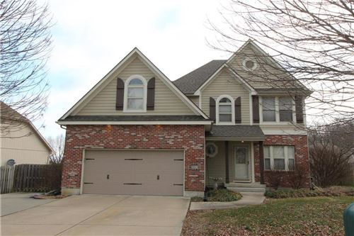 Photo of 503 Foot Hill Drive, Grain Valley, MO 64029 (MLS # 2203928)