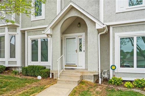 Photo of 13822 W 58th Terrace, Shawnee, KS 66216 (MLS # 2349931)