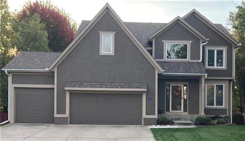 Photo of 14337 Twilight Lane, Olathe, KS 66062 (MLS # 2253937)