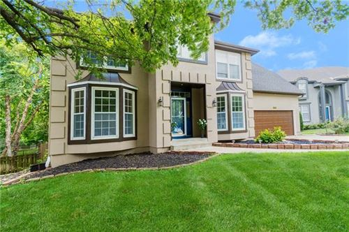 Photo of 10809 W 128th Place, Overland Park, KS 66213 (MLS # 2344952)