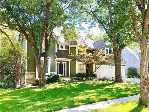 Photo of 14013 W 55TH Terrace, Shawnee, KS 66216 (MLS # 2229956)