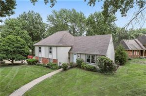 Photo of 11029 W 99th Street, Overland Park, KS 66214 (MLS # 2183960)