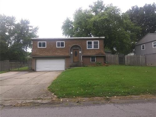 Photo of 18900 E 6th Street N, Independence, MO 64056 (MLS # 2336964)