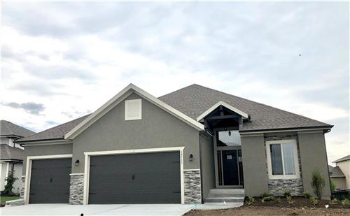 Photo of 17207 W 197th Terrace, Spring Hill, KS 66083 (MLS # 2147967)