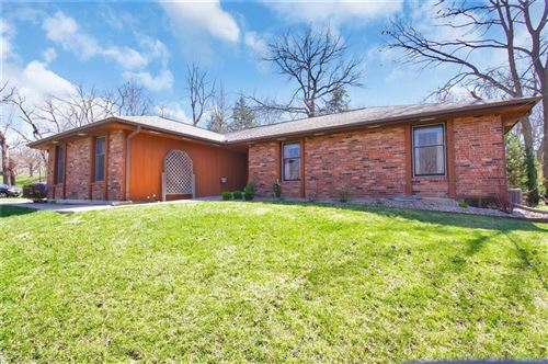 Photo of 7125 Lingley Drive, Parkville, MO 64152 (MLS # 2211973)