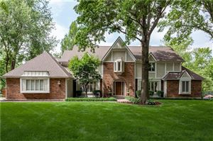 Photo of 10755 Larson Street, Overland Park, KS 66210 (MLS # 2171974)