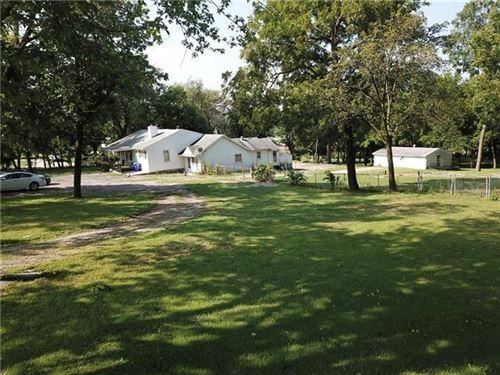 Photo of 7020 Renner Road, Shawnee, KS 66217 (MLS # 2340982)