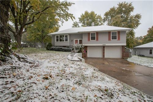 Photo of 16600 E 40 Street, Independence, MO 64055 (MLS # 2249987)