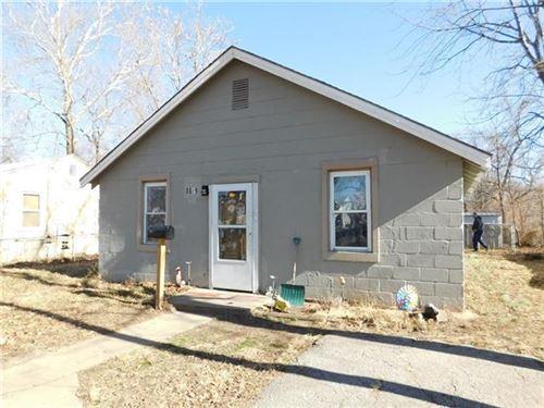 Photo of 8609 Highland Avenue, Kansas City, MO 64131 (MLS # 2258987)