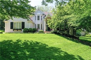 Photo of 2124 Winding Woods Drive, Liberty, MO 64068 (MLS # 2165990)