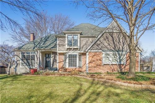 Photo of 10702 W 123rd Terrace, Overland Park, KS 66213 (MLS # 2258990)