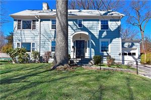 Photo of 15 Oak Lane, Pelham, NY 10803 (MLS # 4811031)