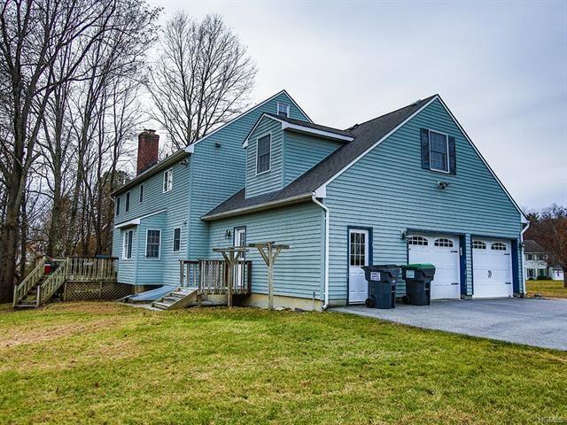 Photo of 8 Thistle Drive, Montgomery, NY 12549 (MLS # 5112052)