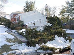 Photo of 4 Robert Lane, White Plains, NY 10607 (MLS # 4905073)