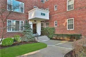 Photo of 220 Pelham Road #4J, New Rochelle, NY 10805 (MLS # 4851086)