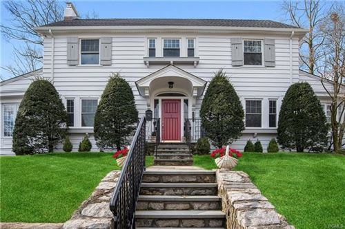 Photo of 567 Manor Lane, Pelham, NY 10803 (MLS # 6018086)