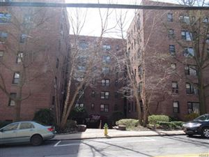 Photo of 10 Franklin Avenue #6A, White Plains, NY 10601 (MLS # 4941099)