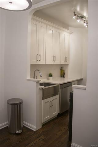 Photo of 30 Bogardus Place #1B, New York, NY 10040 (MLS # 5118099)