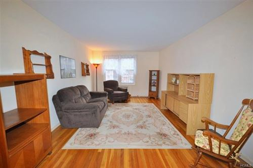 Photo of 491 Riverdale Avenue #4E, Yonkers, NY 10705 (MLS # 5125128)