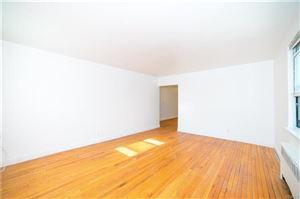 Photo of 5 Bryant Crescent, White Plains, NY 10605 (MLS # 4801134)