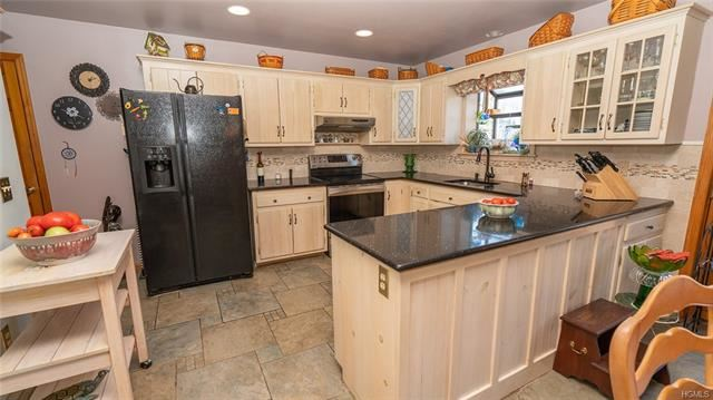 Photo of 410 Orchard Drive, Wallkill, NY 12589 (MLS # 5103142)