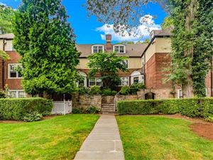 Photo of 5 Sentry Place #2B, Scarsdale, NY 10583 (MLS # 5029158)