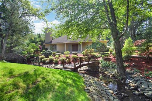 Photo of 10 Fenbrook Drive, Larchmont, NY 10538 (MLS # 5113166)