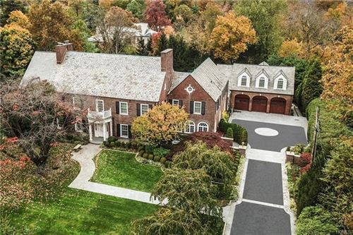 Photo of 8 Dolma Road, Scarsdale, NY 10583 (MLS # 6002170)