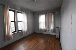 Photo of 755 Oakland Place #4B, Bronx, NY 10457 (MLS # 5107176)