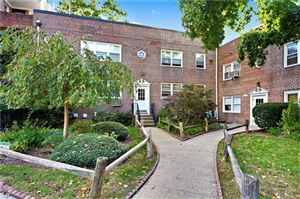 Photo of 12 Leewood Circle, Eastchester, NY 10709 (MLS # 4849189)