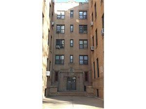 Photo of 829 Adee Avenue, Bronx, NY 10467 (MLS # 4801205)