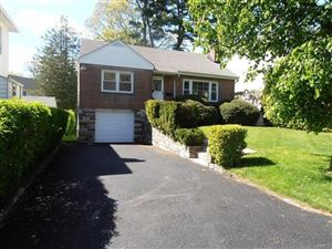Photo of 714 Forest Avenue, Larchmont, NY 10538 (MLS # 4908213)